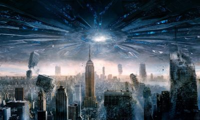 Aliens Towering City in Independence Day Resurgence